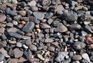 Tanah dan batu