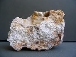 batu riolit